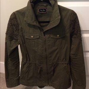 Military Green Front Zip Jacket 🧥